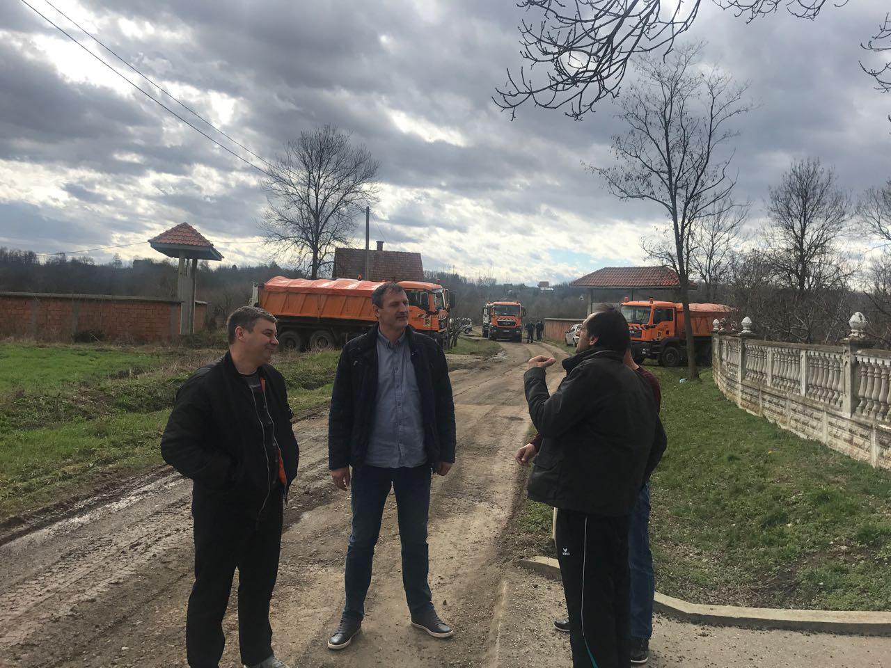 У току тотална реконструкција пута за Ромско насеље у Грабовцу