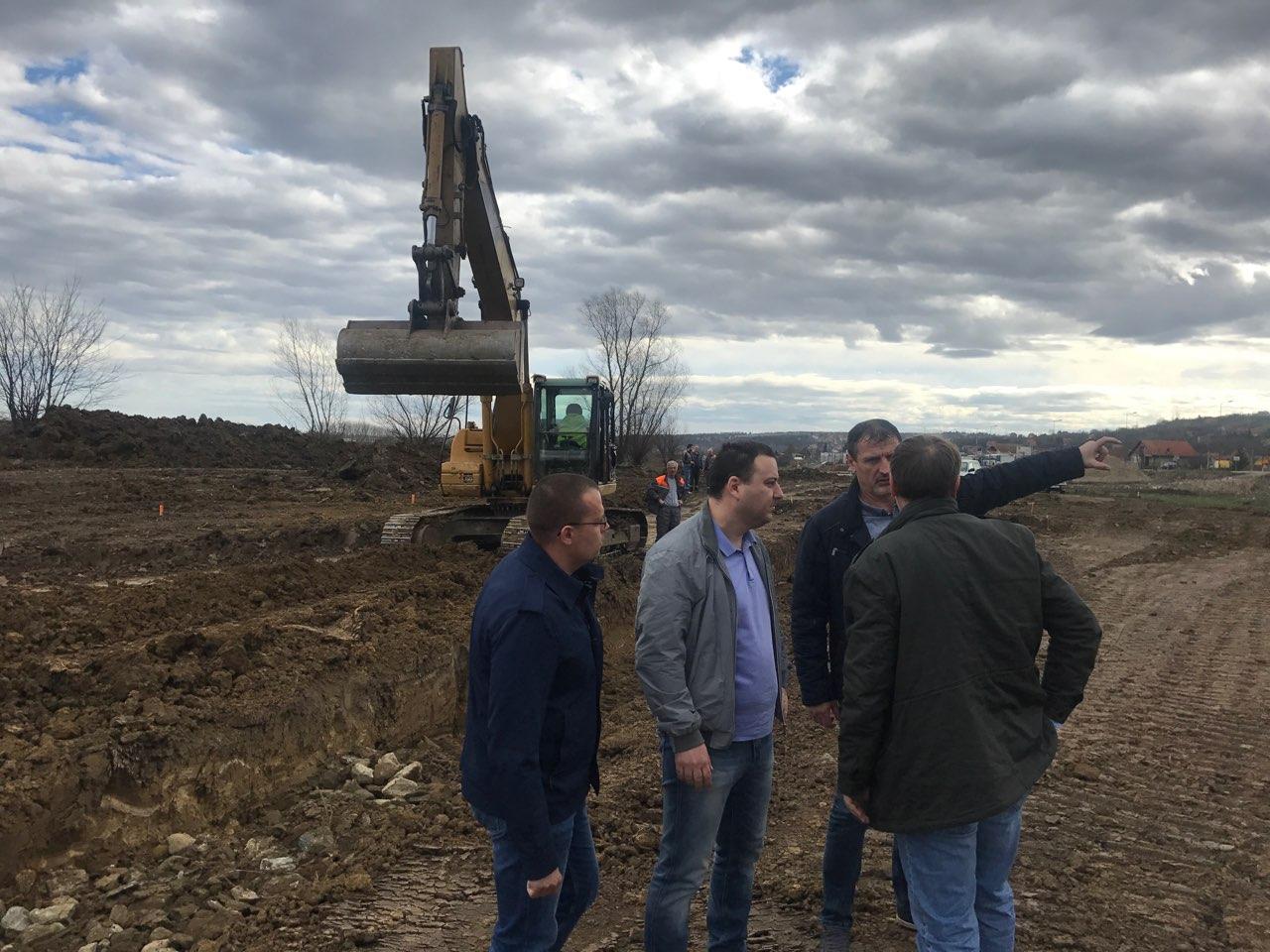 Напредују радови на изградњи приступне петље будућег аутопута