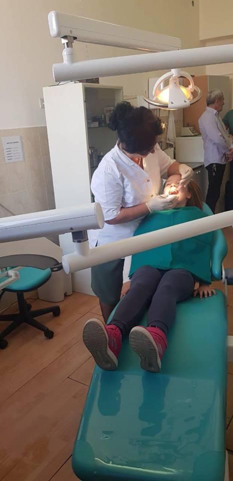 "ОШ ""Посавски партизани"" добила нову стоматолошку столицу"