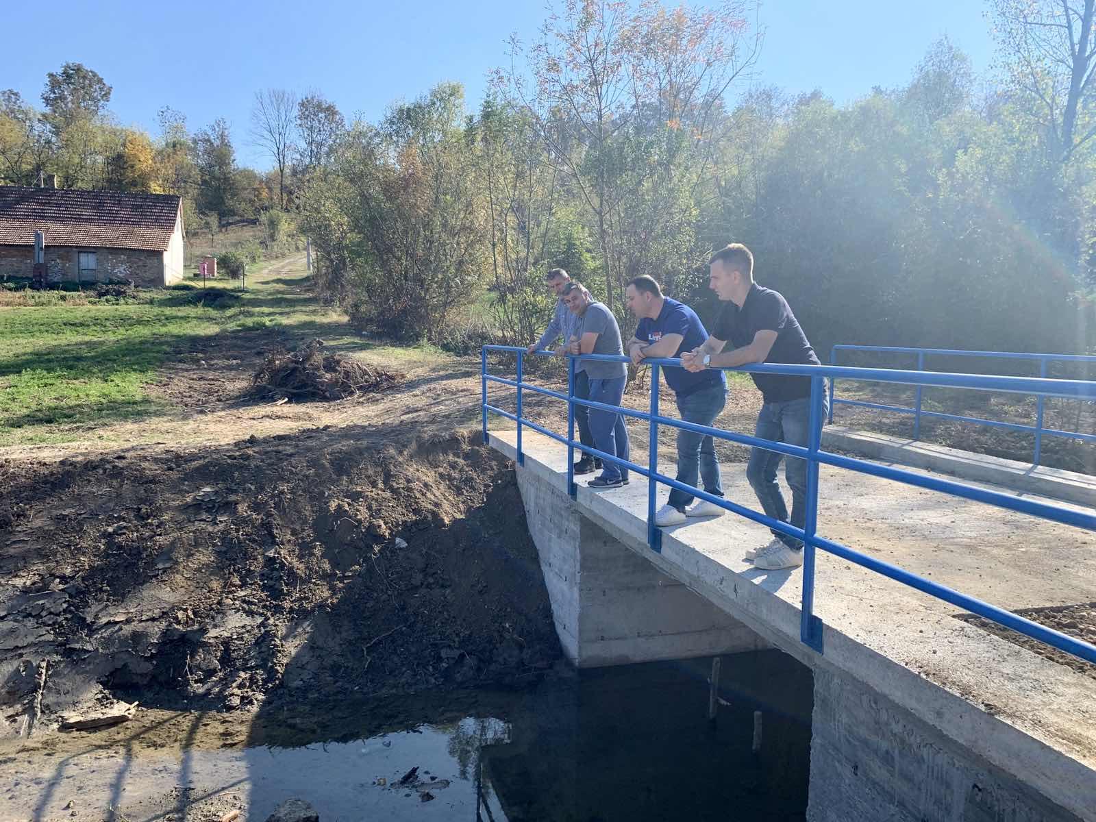 У Грабовцу изграђен нови мост